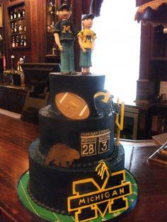 Michigan Wolverines   #Aspoonfullasugar #Groomscakes