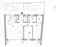 Pôdorys domu 1 predsieň 2 WC +  kotolňa 3 obývačka + jedáleň 4 kuchyňa 5 špajza 6 chodba 7 kúpeľňa 8 šatník 9 spálňa 10 izba 11 terasa