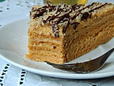 Secretele bucatariei noastre: MARLENKA (PRAJITURA ARMENEASCA CU MIERE) - reteta clasica Banana Bread, Yummy Food, Sweets, Cakes, Desserts, Pastries, Pies, Kuchen, Tailgate Desserts