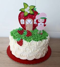 Strawberry Shortcake Birthday Cake, Minnie Mouse Birthday Decorations, Sweet 16 Birthday Cake, Paper Cake, Little Cakes, Tiered Cakes, Party Cakes, Cake Designs, Amazing Cakes