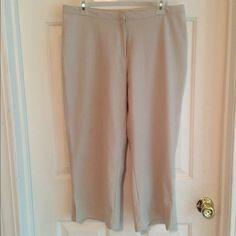 ✔️Nike Dri-Fit Capris Light kaki Capris. Hook closer. Can even dress these up. Very comfortable. No fading it just the lighting. Nike Pants Capris