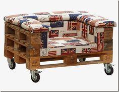 Un sillón de palets para inspirarte Pallet Crates, Old Pallets, Recycled Pallets, Pallet Art, Diy Pallet Projects, Wooden Pallets, Pallet Ideas, Recycled Furniture, Pallet Furniture