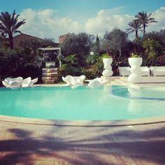 Buona giornata!! #haveagoodday #borgodegliangeli #piscinadellerose #buongiorno #siciliabedda