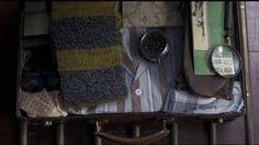 Newt Scamander (Eddie Redmayne) Clock (in his suitcase) on Fantastic Beasts Newt Fantastic Beasts, Fantastic Beasts And Where, Eddie Redmayne, Voldemort, Weird Creatures, Magical Creatures, Harry Potter Easter Eggs, Newt Scamander Aesthetic, Newton Scamander