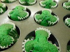 St. Patrick's Day Treat = Shamrock Cupcakes