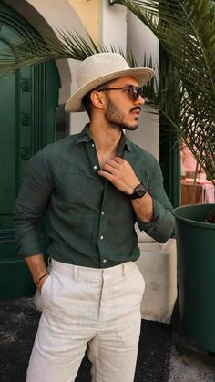 Smart Casual, Men Casual, Summer Outfits Men, Casual Outfits, Messi Videos, Stylish Men, Panama Hat, Jeans, Mens Sunglasses