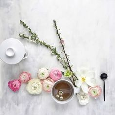 @ Cristina Colli Tea & flowers - apple blossom ranunculus tulips wax flowers