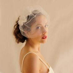 Bridal Tulle Blusher Veil with Flowers Soft White - Bridal Mini Veil - Wedding Veil Birdcage