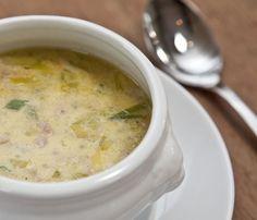Hackfleisch - Lauch - Suppe mit Schmelzkäse