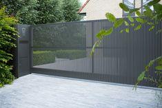 Modern Front Gate Design, House Fence Design, Steel Gate Design, Main Gate Design, Driveway Design, Door Gate Design, Gate Designs Modern, Driveway Gate, Modern Entrance