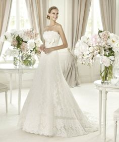 Pronovias Wedding Dresses Photos on WeddingWire