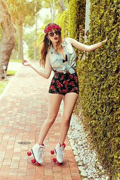 #CRFashionista Jade is rolling in style with Charlotte Russe high-waisted floral print shorts!