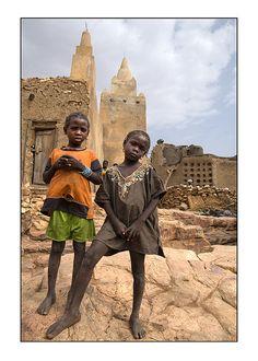 Dogon children . Mali