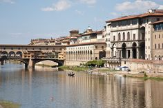   ♕   River Arno at Ponte Vecchio, Florence   by © ClydeHouse