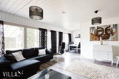 Black and white  raikasta sanoisin  Kiitos kuvasta kohteelle ➡ #vinnentie 161 #pirkkala  www.villalkv.fi  #asuntounelmia #unelmaasuntoja (paikassa Pirkkala)
