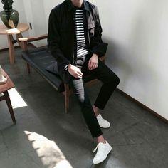 Korean Street Fashion - Life Is Fun Silo Korean Fashion Men, Korean Street Fashion, Korean Men, Boy Fashion, Paris Fashion, Runway Fashion, Womens Fashion, Kpop Outfits, Grunge Outfits