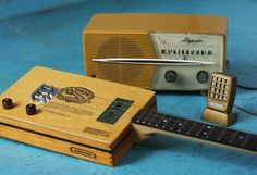 Homemade Guitars - Blues History & Cigar Box Guitars: Lazy Days