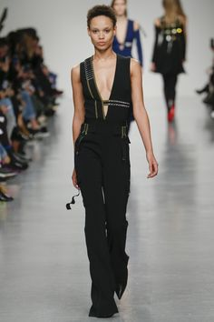 David Koma Fall 2017 Ready-to-Wear Collection Photos - Vogue (Embellished Ribbon Jumpsuit)
