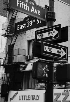 One way or another I'm gonna getcha. and white 50 presets for lightroom, professional settings for black and white photography. Lightroom black and white presets - B/N KING New York Black And White, Black And White Aesthetic, Black N White, Black And White Instagram, Black And White Background, Black And White Pictures, White Art, Black Art, Photo Wall Collage