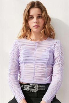 Kimchi Blue Maisie Ruched Long-Sleeve Top - Urban Outfitters