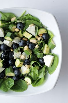 Blueberries, Goat Cheese and Spinach INGREDIENTS: Blueberries 50 gr Goat Cheese 50 gr Courgettes 50 gr Baby Spinach 100 gr Pinenuts 15 gr Lemon Thyme 10 gr  DRESSING: A couple of pinch of salt Balsamic vinegar Organic Extra virgin olive oil Black pepper