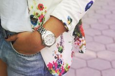 Style of Becca: Floral blazer