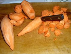 Slicing sweet potatoes for canning