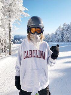 Ski Et Snowboard, Snowboard Girl, Ski Ski, Snowboard Cake, Snowboard Design, Snowboard Goggles, Kitesurfing, Mode Au Ski, Snowboarding Style
