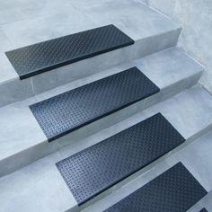 """Diamond-Plate"" Step Non-Slip Rubber Stair Tread Mat Non Slip Flooring, Rubber Flooring, Flooring Options, Eco Friendly Flooring, Stair Mats, Concrete Steps, Concrete Patio, Playground Flooring, Rubber Tiles"