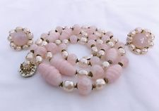VTG MIRIAM HASKELL NECKLACE AND SCREW BACK EARRINGS SET PINK IRRIDESCENT GLASS