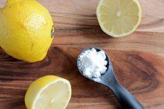 """La sanità non diffonde la notizia perché la soluzione é troppo economica Il bicarbonato di sodio è uno dei più potenti alcalinizzanti. Otto Heinrich Warburg, premio Nobel nel 1931 per la sua tesi """"..."""