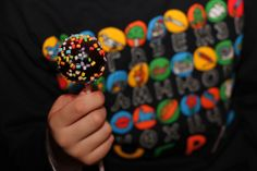 Birthday Cake Pops Birthday Cake Pops, Sprinkles, Candy, Desserts, Food, Tailgate Desserts, Deserts, Essen, Postres