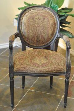 Houston: dining/side chair $40 - http://furnishlyst.com/listings/659631