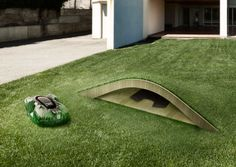 Amazing garage for the Husqvarna Auto Mower. Here's how to build it: http://www.husqvarna.com/de/automower-house-2014/