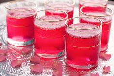 Rose Lemonade ~ a festive feminine drink made from sparkling water, rose syrup fresh lemon juice. Lovely at Ramadan or Eid Non Alcoholic Drinks, Fun Drinks, Yummy Drinks, Cocktails, Beverages, Cold Drinks, Rose Water Drink, Sangria, Chai