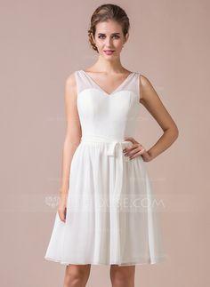 A-Line/Princess V-neck Knee-Length Chiffon Bridesmaid Dress With Bow(s) (007045463)