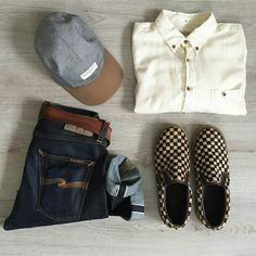 Outfit grid - Snazzy shoes today