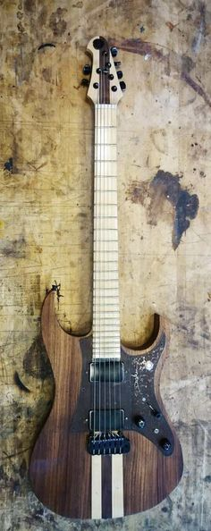 Charlie type III - DasViken guitars