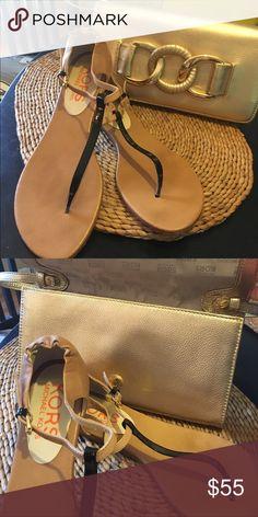 AUTHENTIC MICHAEL KORS SANDALS ~ EEUC~ SIZE 9.5 GORGEOUS AUTHENTIC MICHAEL KORS SANDALS~ COLORS GO WITH ANYTHING~ EEUC Michael Kors Shoes Sandals