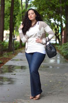 Dressy jeans, classy cut and color
