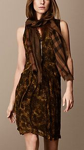 Animal Print Crépon Silk Dress - I usually hate animal print, but the subtle snakeskin effect works very well here.