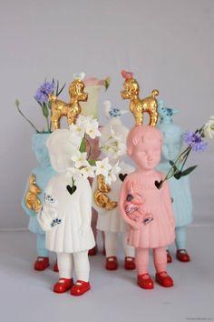 Buiten de Lijntjes - Webshop en Winkel in Wolvega. Porcelain Clonette dolls by Lammers en Lammers.
