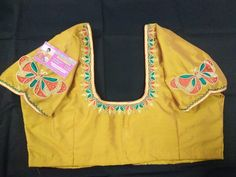 Aari Embroidery, Butterfly Design, Blouse Designs, Stitching, Bracelets, Fashion, Costura, Bangles, Stitches