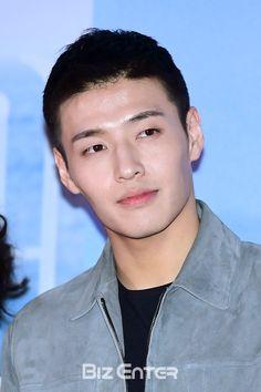 Twitter Korean Men, Asian Men, Asian Actors, Korean Actors, Kang Haneul, Ha Ji Won, Seo Kang Joon, Jung Yong Hwa, Scarlet Heart