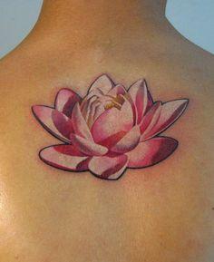 Risultato della ricerca immagini di Google per http://www.tattooepiercing.com/TATTOO-COLLECTION/TATUAGGI-ARTISTI-FAMOSI/_367.Denis%2520Sivak%2520Tattoo.fiore-loto.jpg