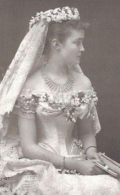 Vintage Wedding Dresses vintage everyday: Victorian Wedding Fashion – 27 Stunning Vintage Photos of Brides Before 1900 Vintage Wedding Photos, Vintage Bridal, Vintage Weddings, Royal Brides, Royal Weddings, Bridal Gowns, Wedding Gowns, Victorian Bride, Victorian Wedding Dresses