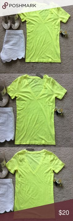 """J.  Few Vintage Cotton Tee J. Crew Vintage Cotton Short Sleeve Tee in bright neon yellow. Super cute, super fun summer staple. V neck. Laying flat approx 25.5"""" shoulder to hem, approx 15.5"""" pit to pit. 100% cotton. Size XS. NWT, never worn. #931 J. Crew Tops Tees - Short Sleeve"""