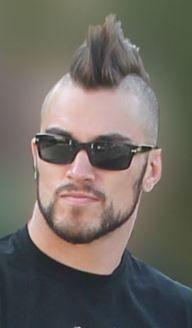 Mohawk Hairstyles Men, Haircuts For Men, Short Hair Cuts, Short Hair Styles, Mohawk For Men, Bald Men Style, Mohawks, Bald Fade, Punk