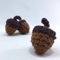 How to Crochet: Acorns ~ free pattern ᛡ