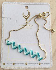Bead Jewellery, Beaded Jewelry, Beaded Bracelets, Jewelry Patterns, Bracelet Patterns, Diy Necklace Projects, Handmade Accessories, Handmade Jewelry, Bead Crochet Patterns